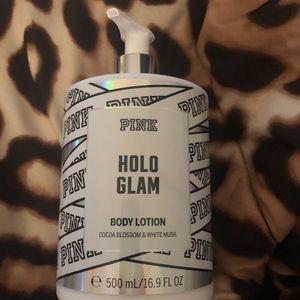 Holo gram VS pink body lotion